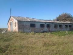 Sell the farm in disrepair + 2ha